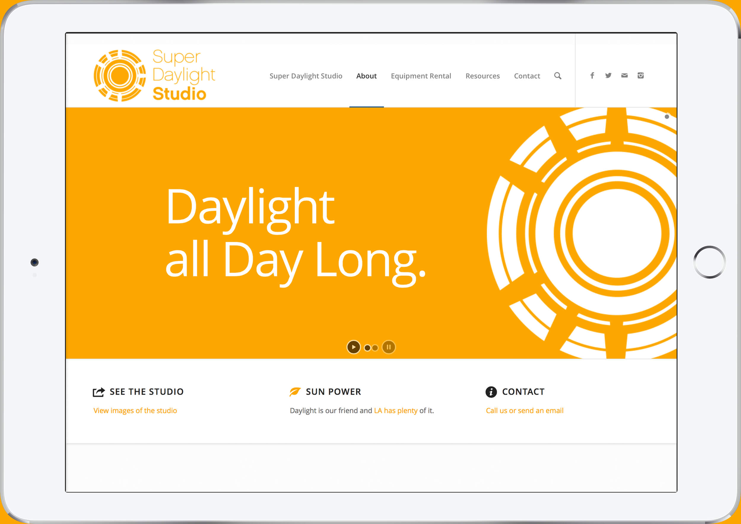 super daylight studio web design